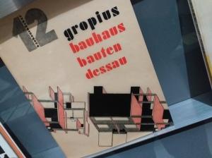 Lettertype Augias op Bauhausboek